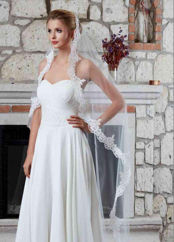 Brautschleier lang in Creme oder Weiß - Schleier Spitzenkante individualisierbar